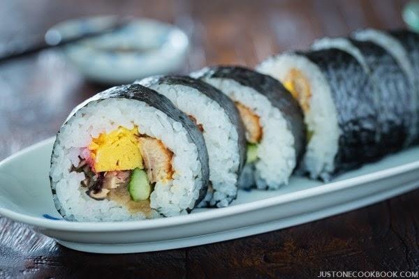 futomaki thick sushi roll ���� japanese recipes