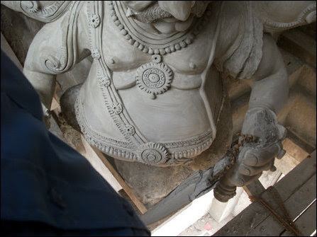 Temple sculptures vandalized in Trincomalee