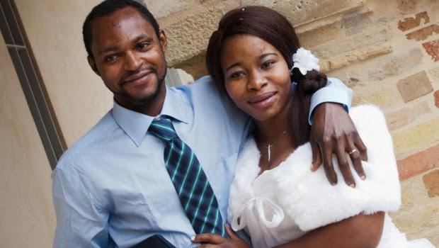 Emmanuel Chidi Namdi è morto meno di sei mesi fa, eppure a Fermo sembra passato un secolo da quel 5 luglio, quando lui – nigeriano, 36 anni – non abbassò […]