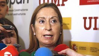 La ministra de Foment en funcions, Ana Pastor