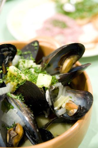 ムール貝の白ワイン蒸し, Champ de Soleil, Kanda