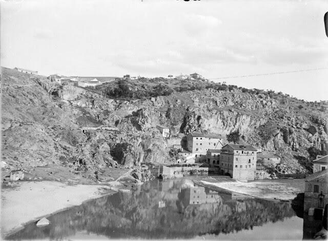 Molinos en el denominado Parador del Macho en los años 20. Detalle de una Fotografía de Otto Wünderlich. © Fototeca del Patrimonio Histórico