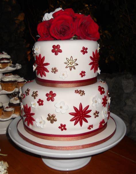 Round Christmas Wedding Cake   CakeCentral.com