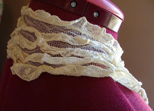 net lace collar vintage/antique