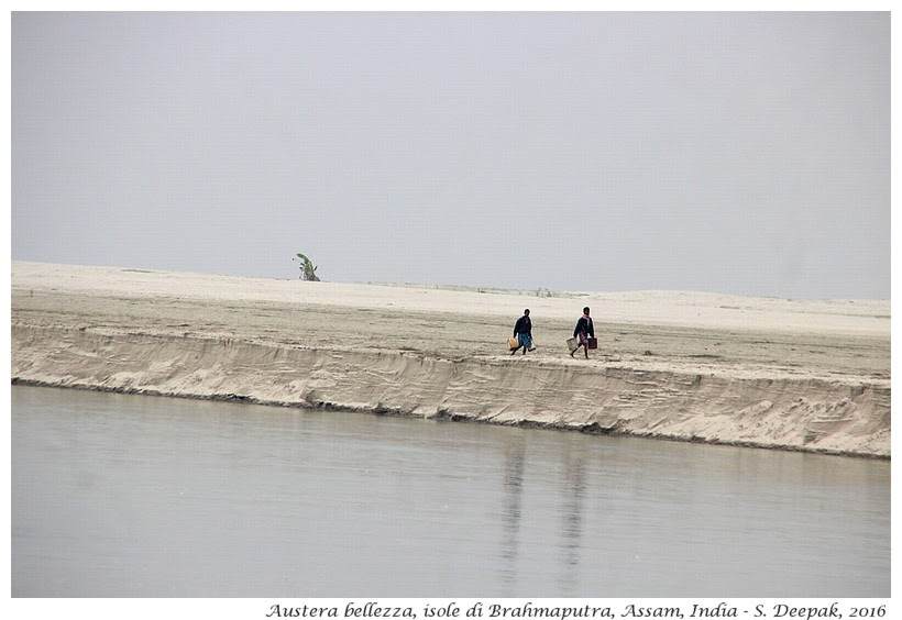 Austera bellezza delle isole di Brahmaputra, Assam India - Images by Sunil Deepak