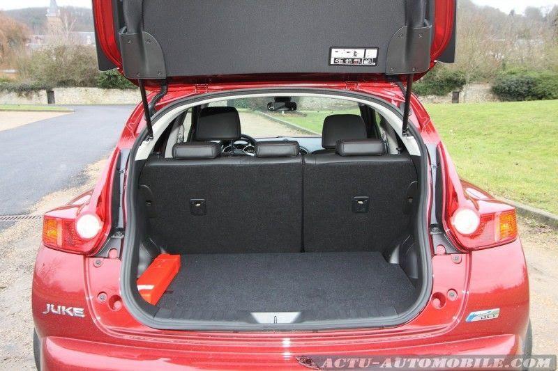 locations de vehicule voitures volume coffre juke nissan. Black Bedroom Furniture Sets. Home Design Ideas