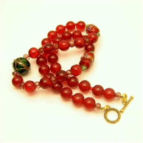 Vintage Wedding Cake Beads Necklace Mid Century Red Green