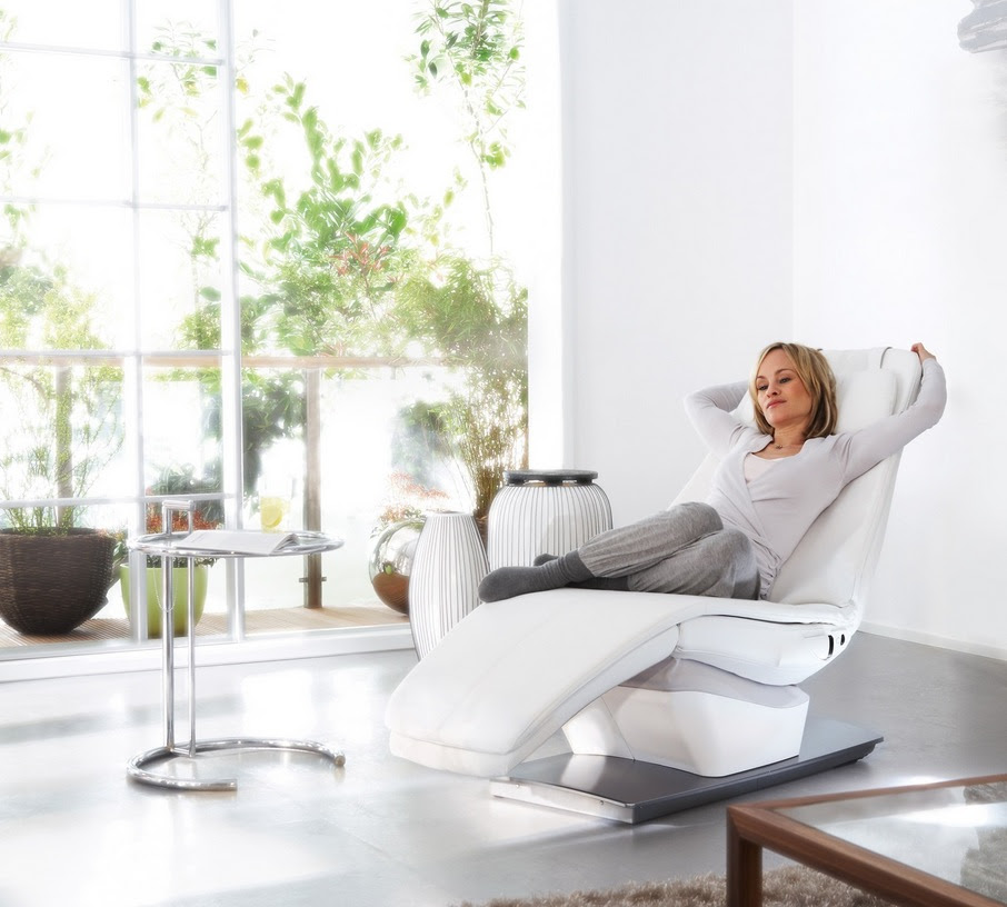 Beautiful Recliners: Do they exist?