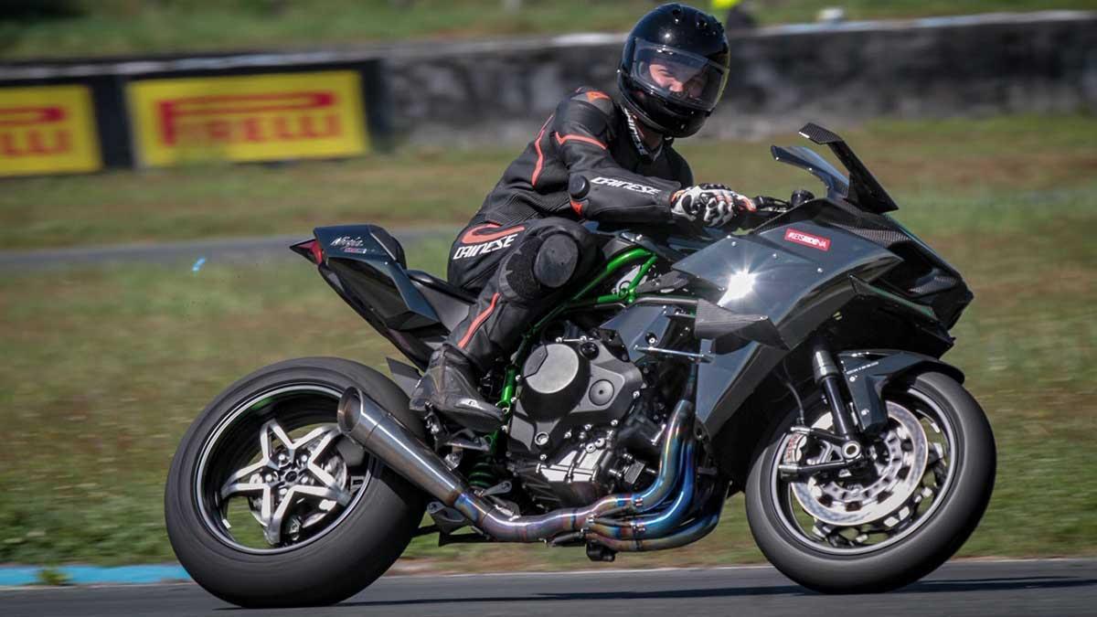 2018 Kawasaki Ninja H2r Review Price Photos Features Specs