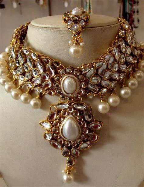Buy WHITE KUNDAN PEARL DROP CHOKER NECKLACE EARRING TIKA