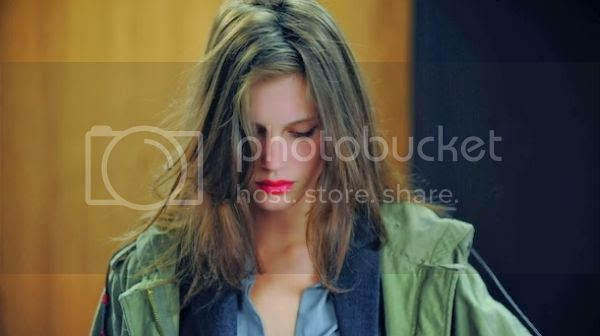 http://i683.photobucket.com/albums/vv199/cinemabecomesher/855f18d7-cf62-4a9e-bdc7-816b74237b28.jpg?t=1399250253