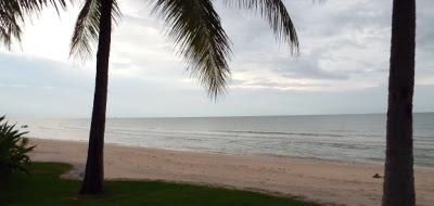 The beach at they Hyatt Regency Hua Hin