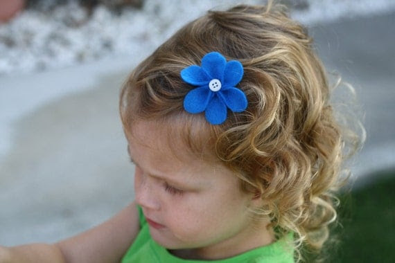 Bright Blue Flower Har Clip