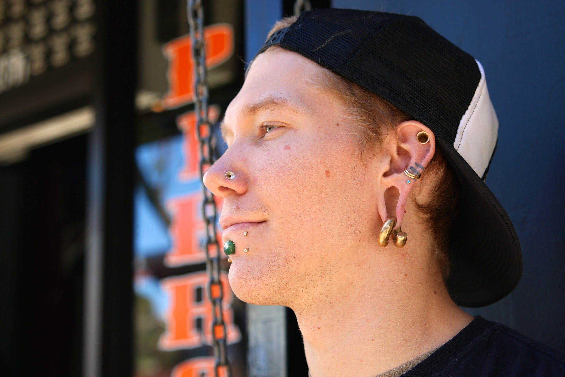 In Pursuit Of Stretched Ears The Daily Californian