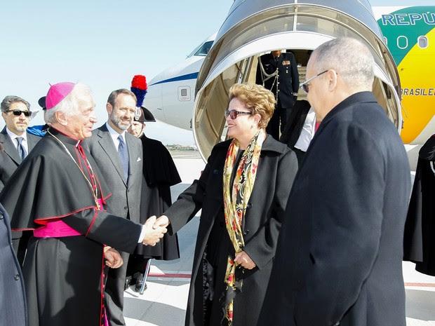 Dilma desembarcou em Roma na manhã desta sexta-feira (20) (Foto: Roberto Stuckert Filho/PR)