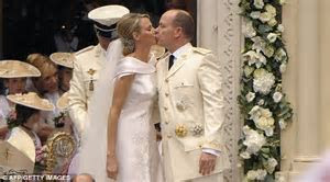 Monaco royal wedding: Charlene Wittstock 'tried to run