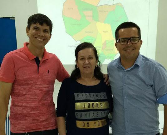 Rodrigo Santana (à direita) foi eleito presidente da CDL do Sisal | Foto: Divulgação