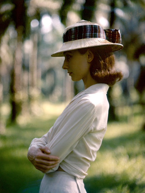 maudelynn:  Audrey Hepburn by Leo Fuchs