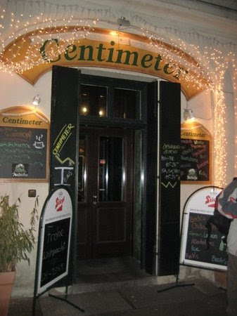 Photos of Centimeter II, Vienna