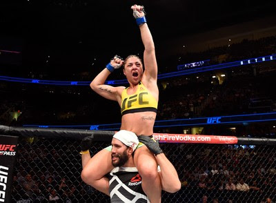Bethe Correia vence Jessica Eye no UFC 203 (Foto: Getty Images)