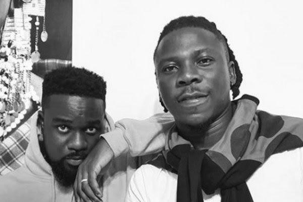 StoneBowy & Sarkodie performance on stage-(Ghana Meet Naija).