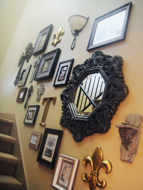 Photo Wall Hanging In Stair Home Design And Interior