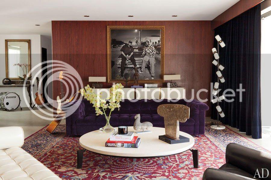 photo item2renditionslideshowWideHorizontaladam-levine-hollywood-hills-home-03-living-room_zpse8b69154.jpg