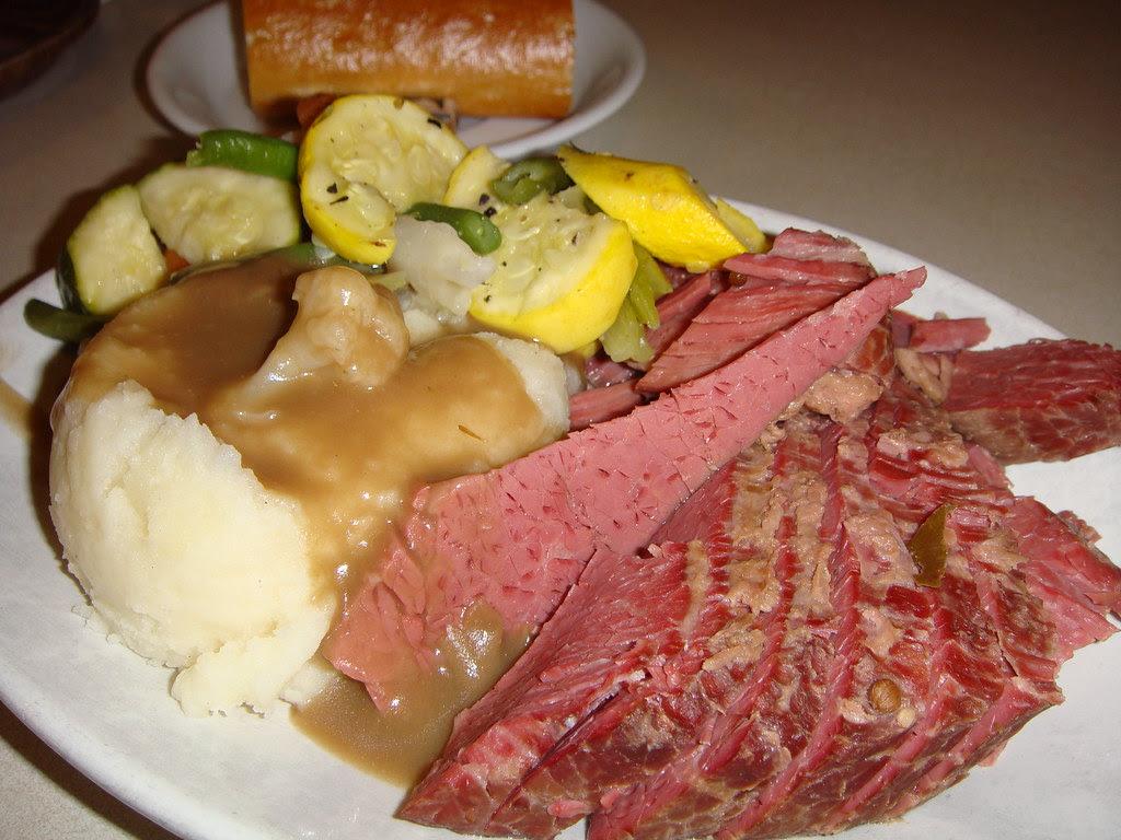 Corned Beef 'petite' plate