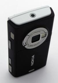 Nokia N95 mobile phone showing camera