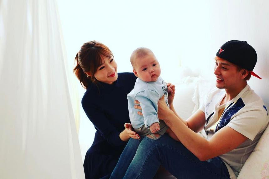 지연수♥일라이, 아들과 함께 찍은 가족사진 공개…'행복한 ...