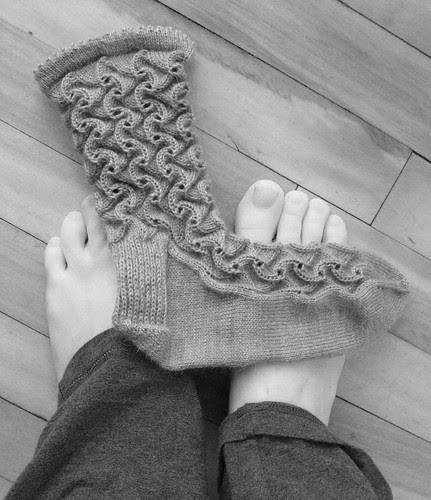 Scroll Lace Sock