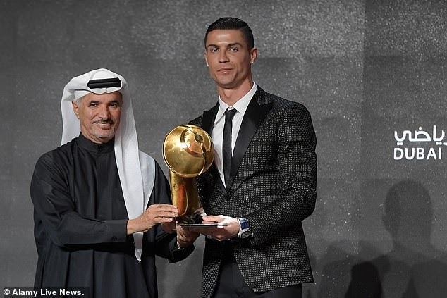 Cristiano Ronaldo named Player of the Year at the Globe Soccer Awards (Photos)