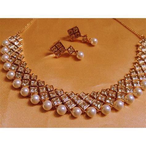 designer pearl and kundan choker   jewellery   Pinterest