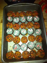 Halloween party cupcakes by Rachel from Cupcakes Take the Cake