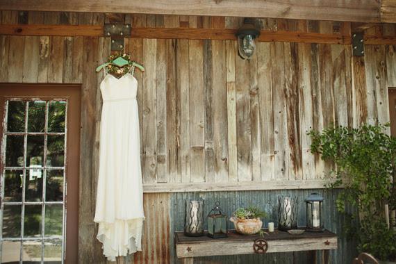 Texas outdoor wedding | 100 Layer Cake