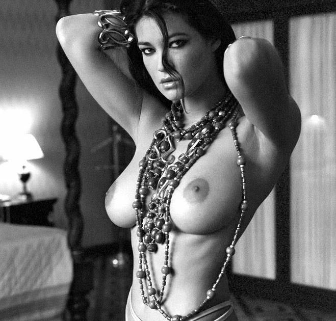foto telanjang manuela arcuri
