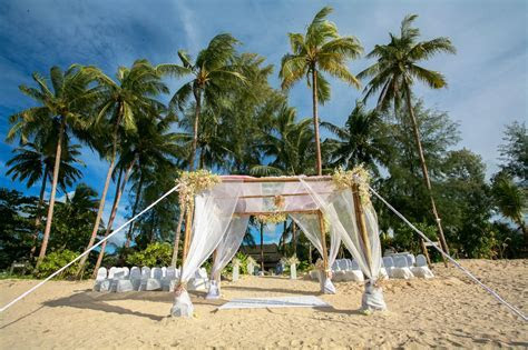 Destination Wedding in Thailand: The Guest's Guide to Thai