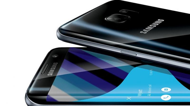 Although Samsung has renamed the smartphone, it is just not enough to shake the fears of the device being combustible. However, it is highly unlikely that Samsung would use the same innards for the Galaxy Note 7 FE that were responsible for the Galaxy Note 7 fiasco.