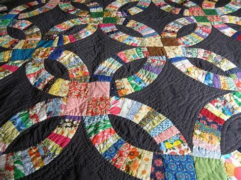 1000  images about Double Wedding Ring Quilts on Pinterest