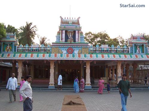 http://www.starsai.com/wp-content/uploads/2009/09/saibaba-temple-nagasai.jpg