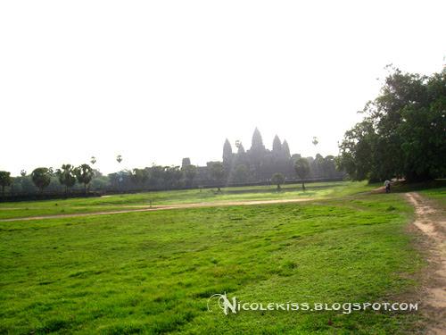 front yard of angkor wat