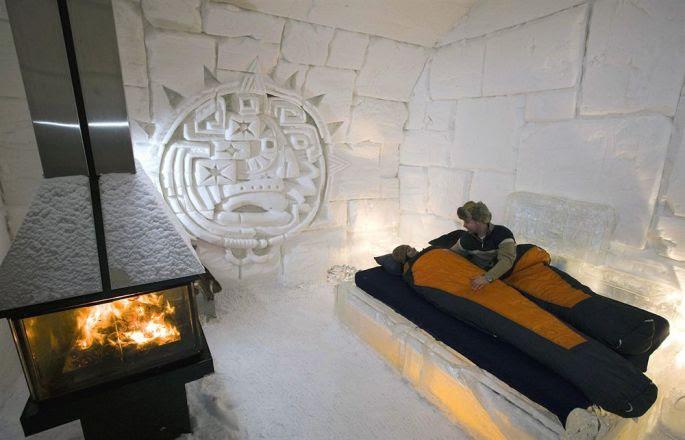 Résultat d'images pour  The Ice Hotel à Jukkasjärvi en Suède