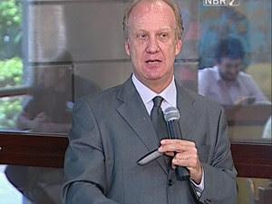 O ministro Marcelo Néri (Secretaria de Assuntos Estratégicos) comenta erro na pesquisa Pnad. (Foto: Reprodução/TV)