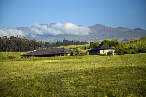 LUXURY PORTFOLIO: Elegant Ranch Style Home on 10 Acres in Waiki'i ...