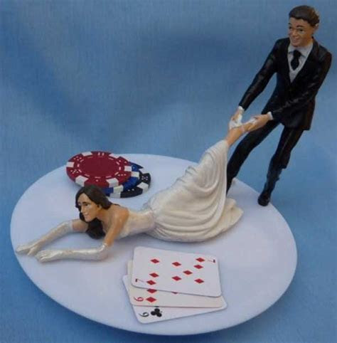 20 Awesomely Funny Wedding Cake Toppers   KLYKER.COM