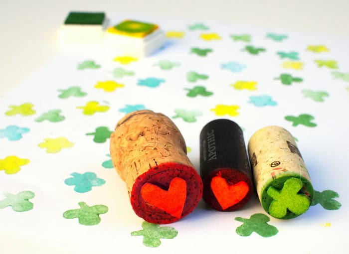Instead of purchasing stamps at the store, save a couple of bucks and make your own from wine corks. This is a fun project to make with kids!