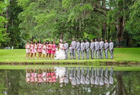 Beautiful wedding ceremony at Brookgreen Gardens Holiday