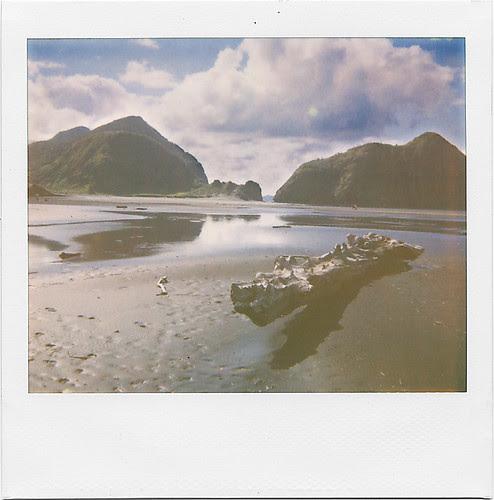 whatipu lagoon by Parahanga