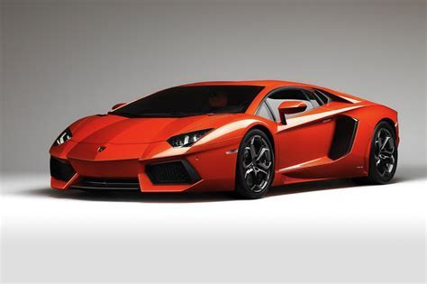 lamborghini aventador   World Of Cars