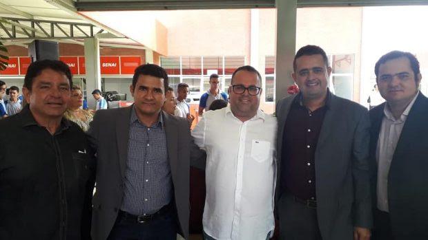Resultado de imagem para Ricardo inaugura Centro de Formação Profissional do Senai em Caaporã